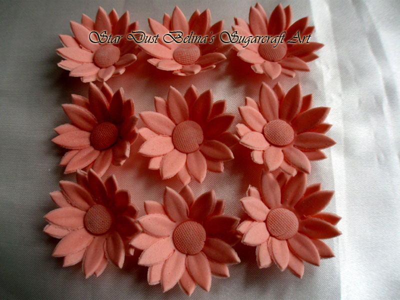 Pink daisy sugar flowers