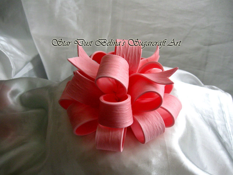 Edible Elegant medium Bow in Pink